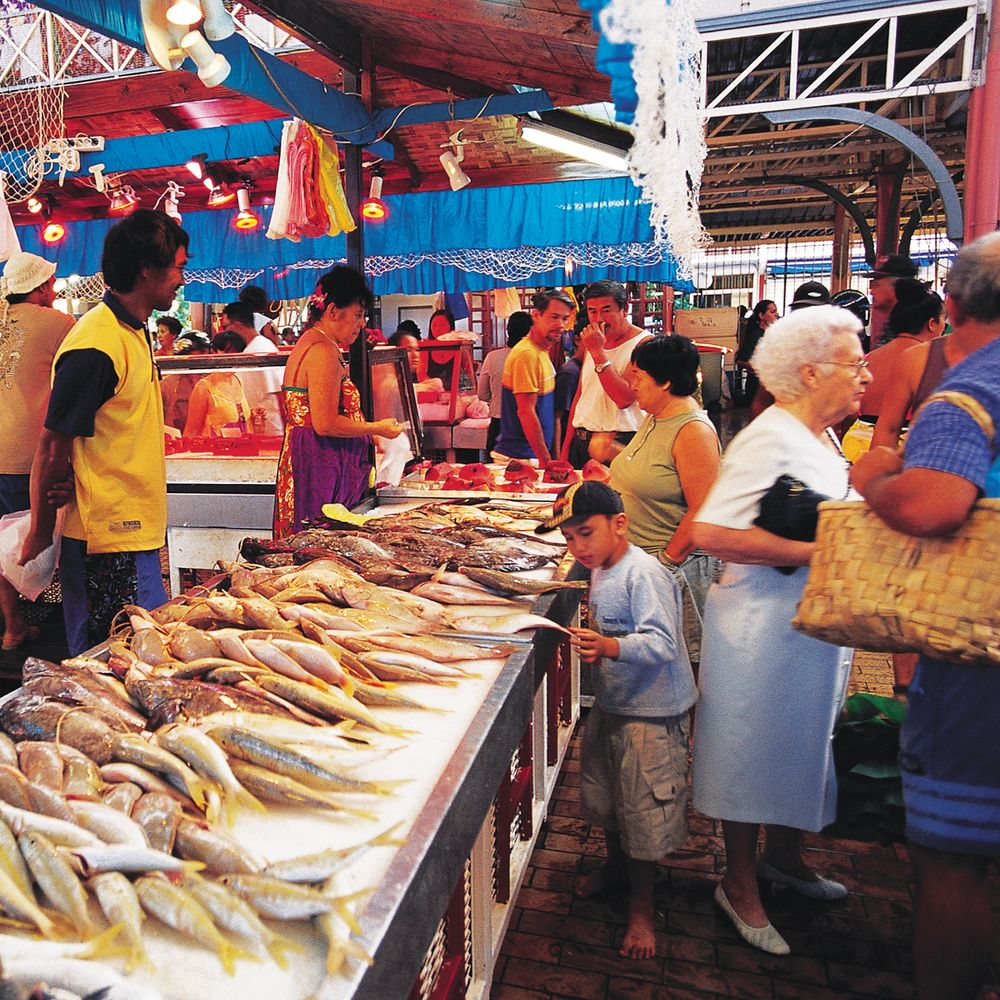 walking-papeete-fish-market.jpg