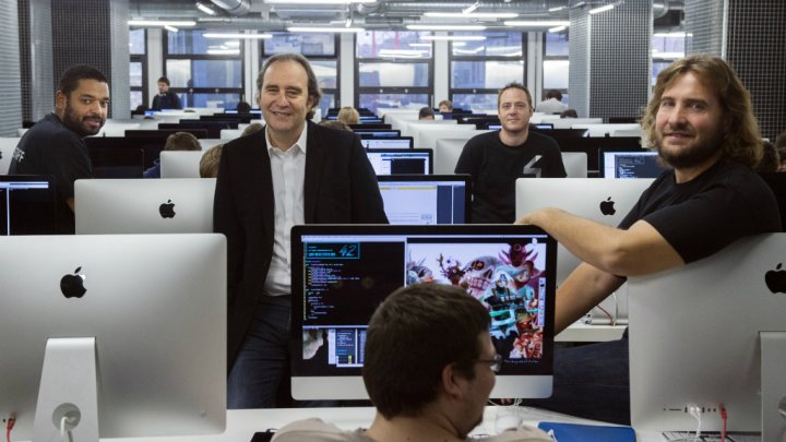 Xavier Niel at École 42. / Photo: Martin Bureau, AFP