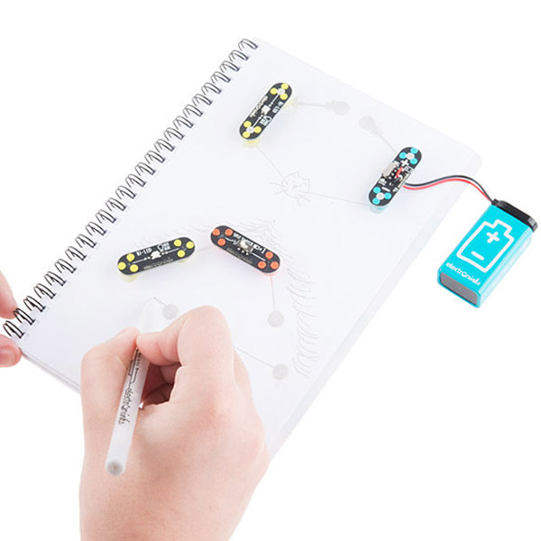In class, we can combine innovative tools to build electronic circuit prototypes to reinforce the learning of theoretical concepts through practice. -