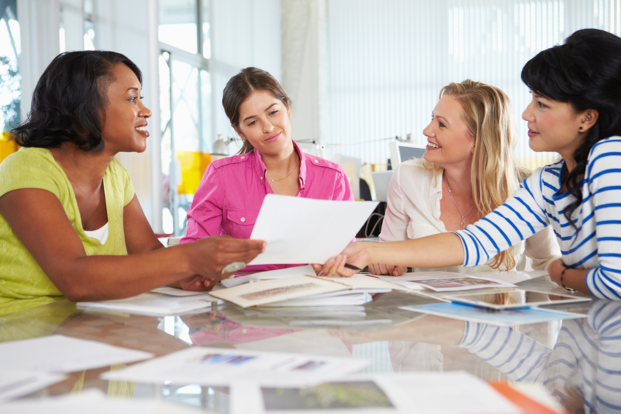 The didactic sequences minimize the amount of time spent by the teacher on class preparation and work. They make it possible for teachers to develop the same topic for diverse academic classes, proposing activities with different degrees of difficulty. - Photo: Bigstock