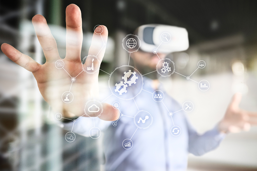 Gartner trends reflect the importance of AI in work environments, and in the development of products and services. Also, it forecasts a greater connection between technology and humans. - Image: Bigstock