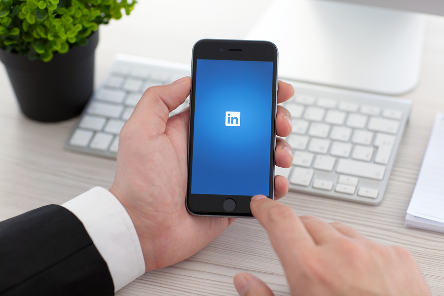 LinkedIn Learning aims to be the most relevant educational solution for companies and professionals seeking constant updating. Currently, it offers more than 13,000 courses on a platform powered by artificial intelligence. - Image: Bigstock.