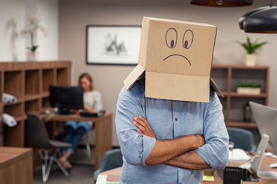 A study reveals that more than half of college graduates can't find the purpose in the tasks they perform in their jobs. There is a disconnect between the wishes of professionals and the objectives of employers. - Image: Bigstock