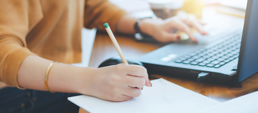 Top 3 Writing Tools that Help Students Write Assignments — Observatory of Educational Innovation
