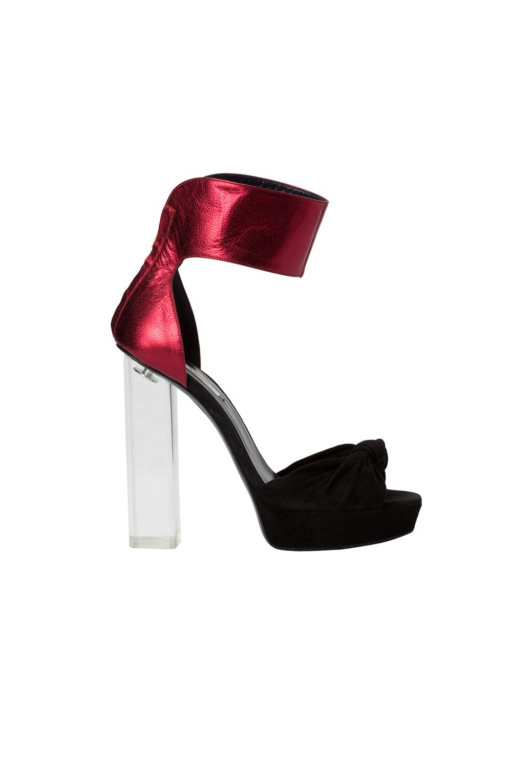 04-07-accessories-trends-fall-2015-lucite-heel.jpg