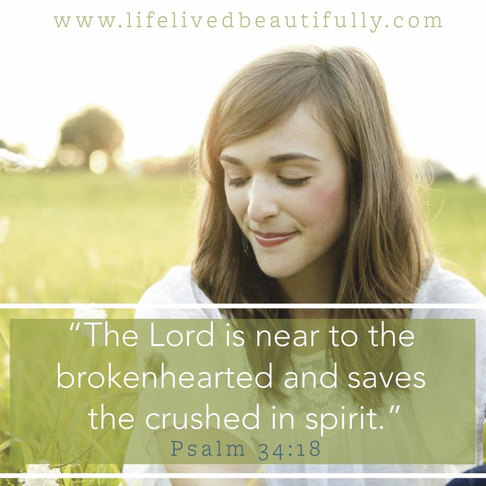 Psalm 34:18_LLB