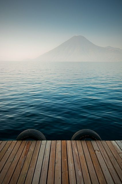 lakeatitlan3.jpg