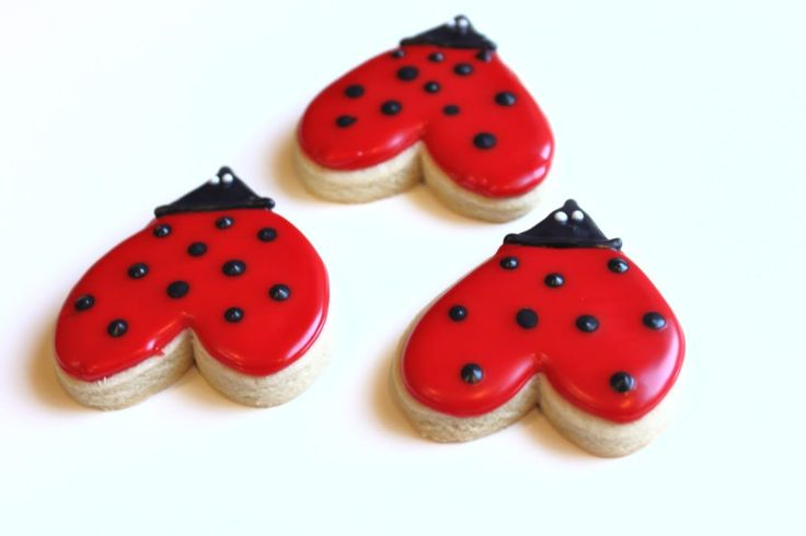 Love Bug Heart Cookies