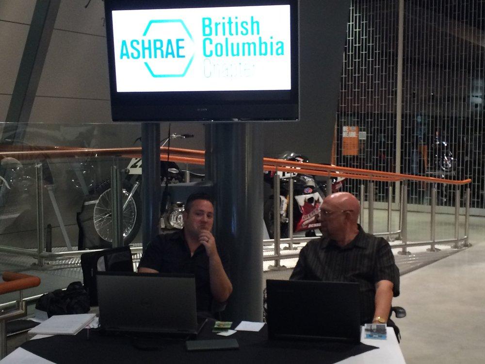 Gavin McCallum and Chris Collett at Front Desk.JPG