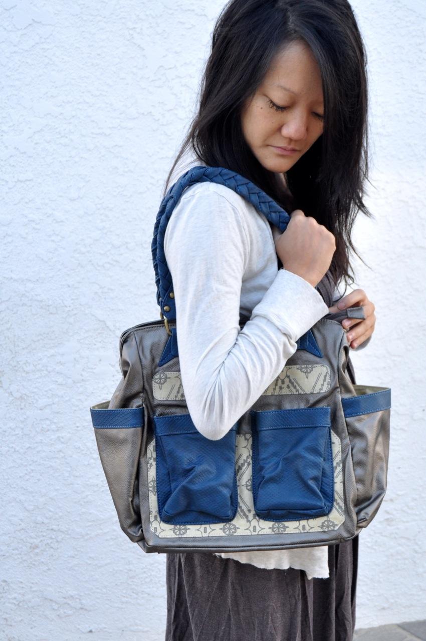 Amy Tangerine | Navy Jack bag