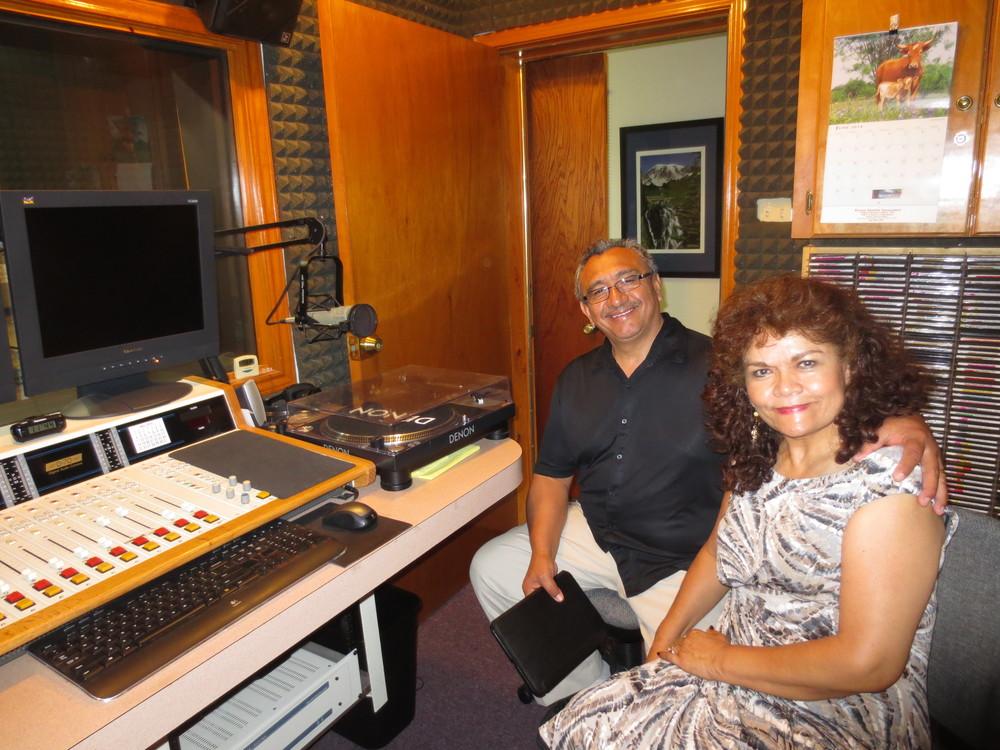 Rev. Raúl y Sra. Angelita Mijangos