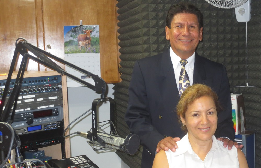 Lic. y Rev. Armando Rodríguez y Dra. Sra. Rut de Rodríguez