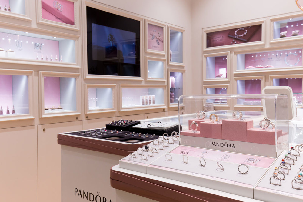 pandora-meridian-mall-3.jpg