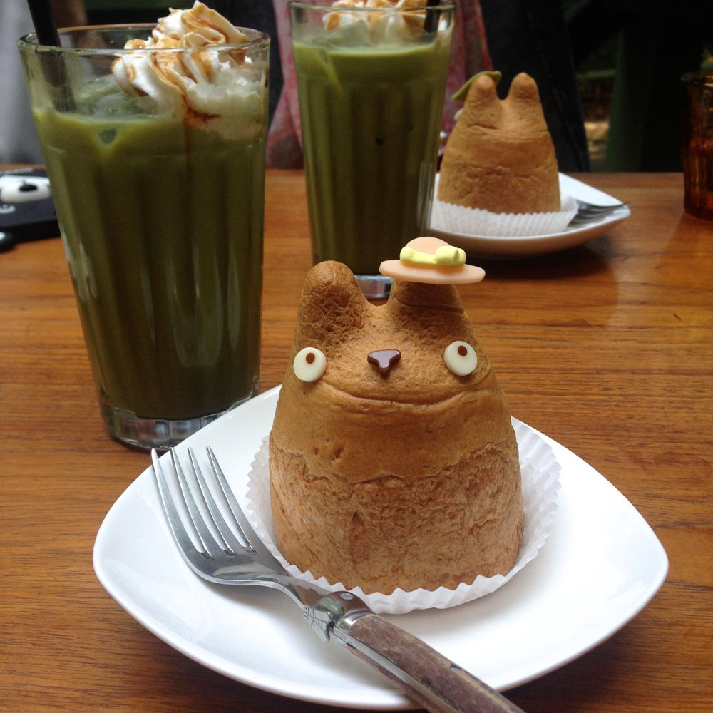Totoro cream puff from Shiro-hige's Cream Puff Factory
