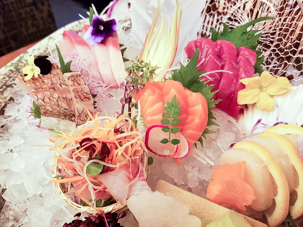 sakagura sashimi