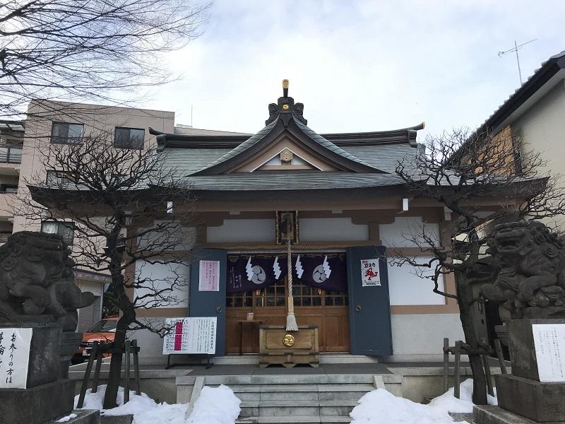 穏田神社.jpg