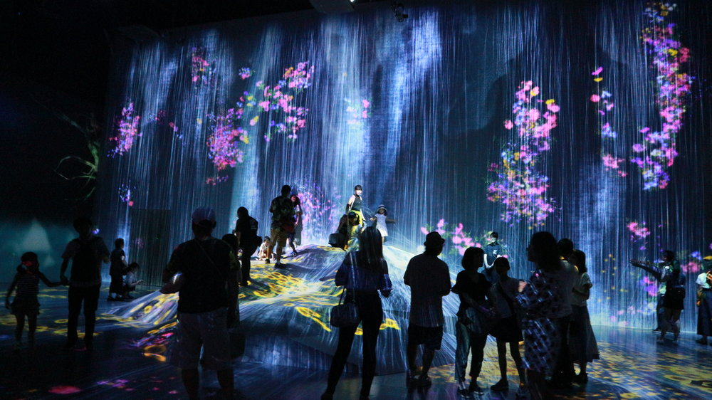 Inside TeamLab Borderless