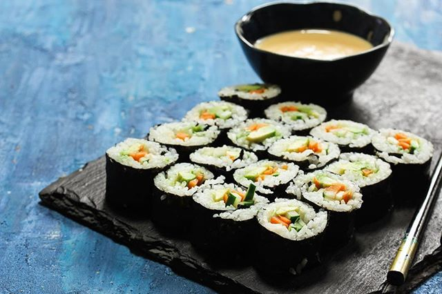 Don't miss the #vegan #sushi masterclass at @ichibalondon in Westfields Shepherds Bush #London - this Weds 21 Jan! 🥑 . Ichiba have a whole host of exciting workshops coming up so head here for more info: https://www.ichibalondon.com/events 🇯🇵