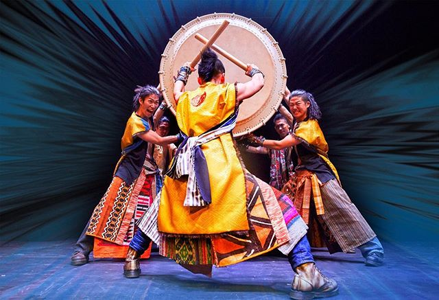 Japanese taiko drumming troupe Yamato are taking over the @PeacockTheatre #London for an exhilarating three week West End run from 12 March! 🥁 Tickets 👉 https://sadl.rs/2Nim47q