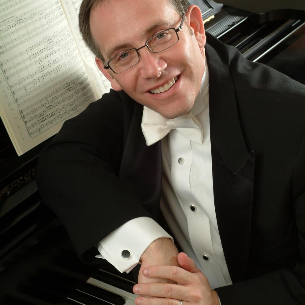 Pianist Ben Loeb