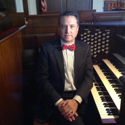 Organist Robert Gallagher