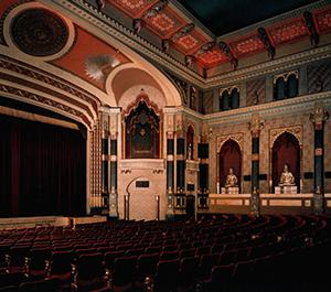 Interior of the Oriental Landmark Theater. (Photo: Landmark)