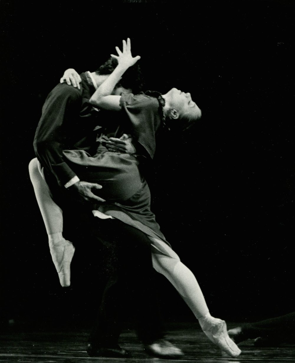 "The Chamber Symphony began as ""Interior,"" a ballet commissioned by the Juilliard Dance Division with choreography by Diane Coburn Bruning during the 1980s."