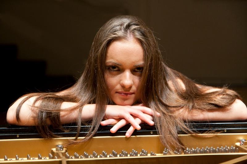 Pianist Yana Reznick