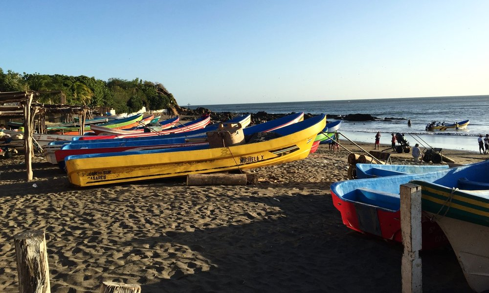 Fishermen put out to sea in Casares, Nicaragua. (Photo credit: Daron Hagen)
