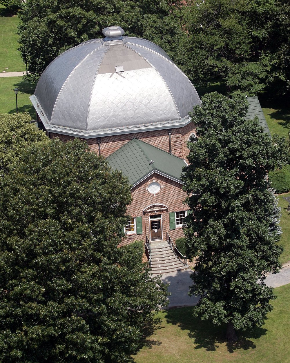 Long Island University Interfaith Center and Chapel