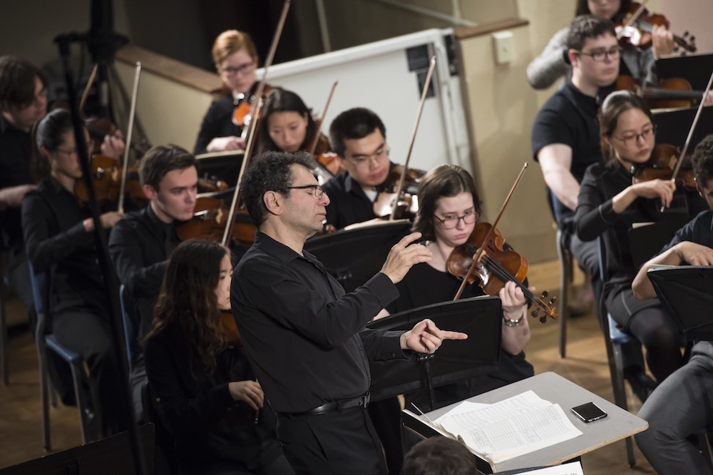 Roger Zahab conducts the University of Pittsburgh Symphony