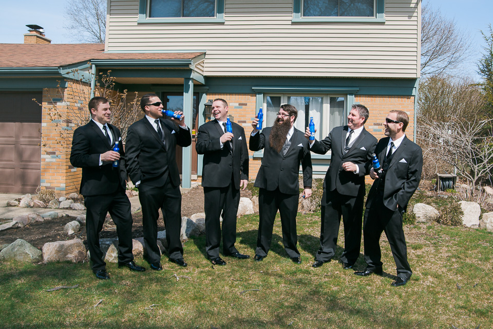 17.04.01_Napela Wedding-9Bridal Party, Groom Getting Ready, Groomsmen, Lapum-Napela Wedding, Sarah Amerlia Photography.jpg