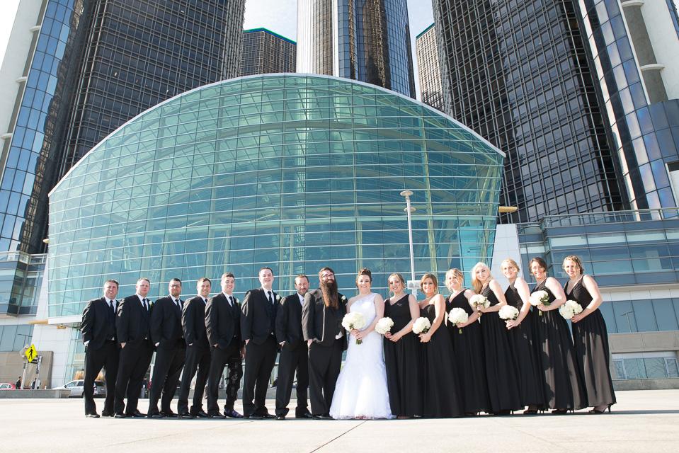 17.04.01_Napela Wedding-40.3Bridal Party, bride, Detroit, downtown detroit, Groom, Lapum-Napela Wedding, rencen, river walk, wedding.jpg