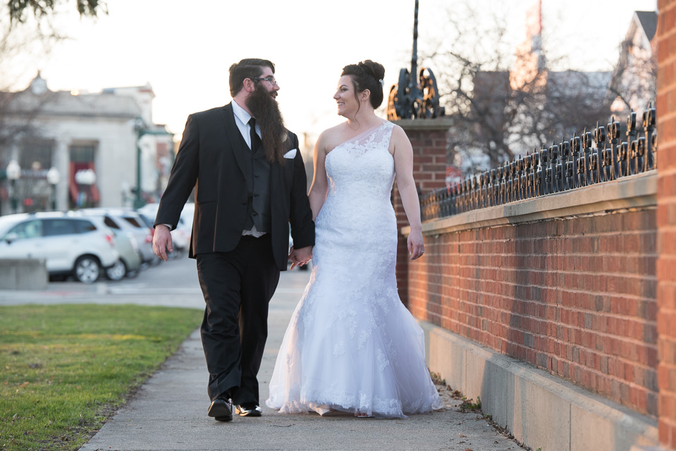 17.04.01_Napela Wedding-41bride, downtown plymouth, Groom, Lapum-Napela Wedding, michigan, walk.jpg