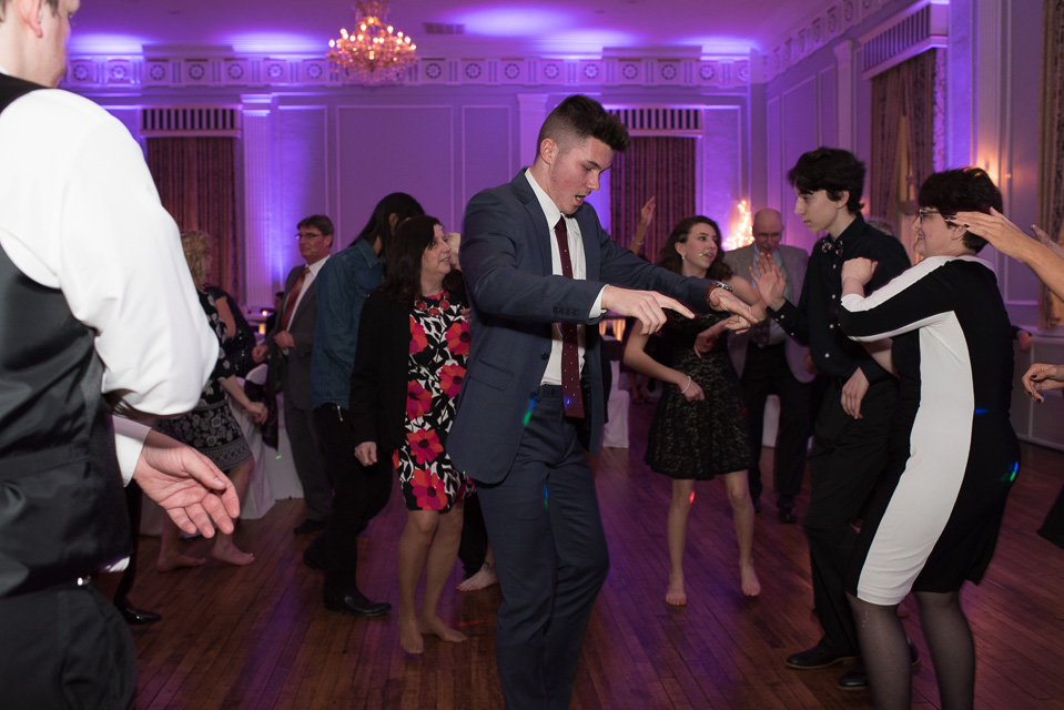 17.04.01_Napela Wedding-66dance, downtown plymouth, Lapum-Napela Wedding, meeting house grand ballroom, michigan, reception.jpg