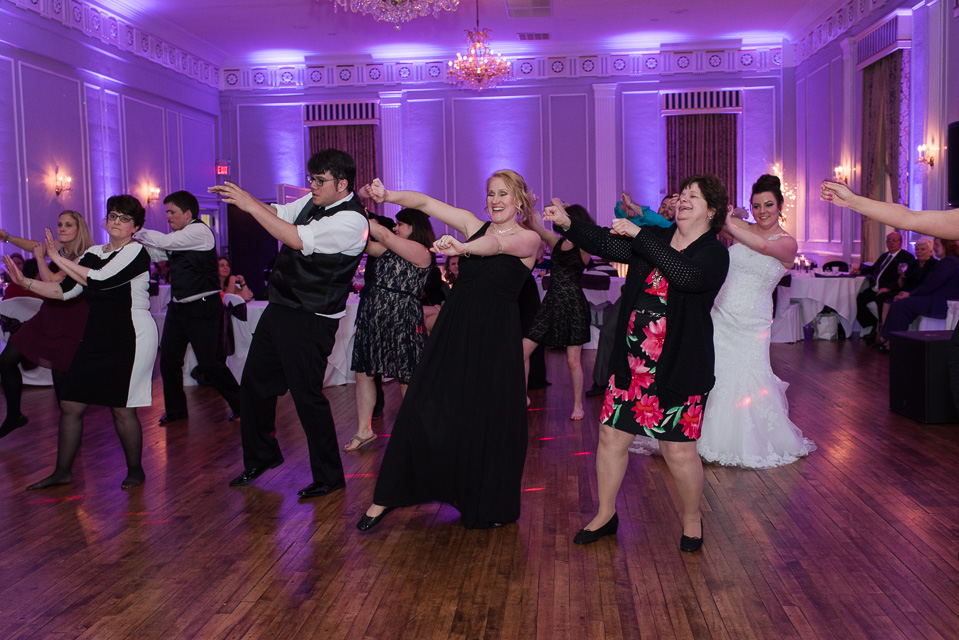 17.04.01_Napela Wedding-71dance, downtown plymouth, Lapum-Napela Wedding, meeting house grand ballroom, michigan, reception.jpg
