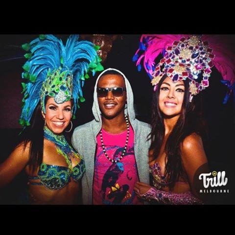 Carribean vibes @kevinlyttle @tez_xoxo @denise.kc #sambasita #trill #rnbfridays #melbourne #throwback #rnbfridayslive #samba #dancers #melbourneigers #doyouevensamba