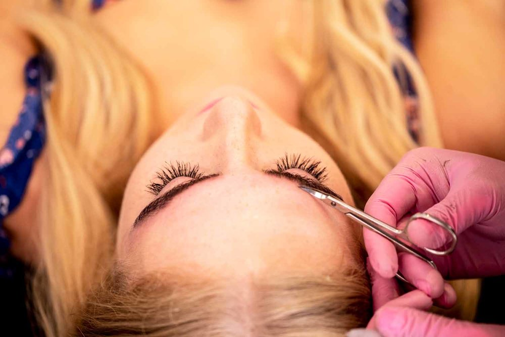 FreshCoastCollective_TheBrowStudio-Minneapolis-perfectbrows-bold-lashes-salon.jpg