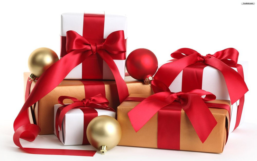 Christmas_wallpapers_Colorful_gift_boxes_on_Christmas_052555_.jpg