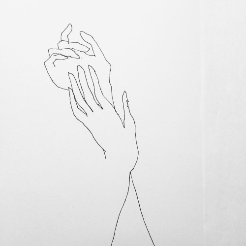 true minimalism - I have an obvious love for minimal design and clean, simple lines. On that front, FrédéricForest certainly delivers with his line drawings. Check out his work- @fredericforest . The simplest of line-making alludes to the female form and delicate hands, so many hands. The perfect makings of a future tattoo...