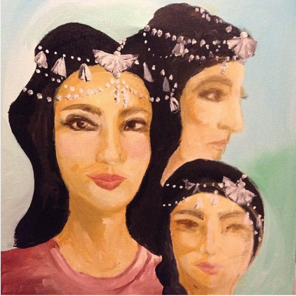 "(""   The traditional Assyrian head piece .""   Courtesy of Nansy's Instagram page.)"