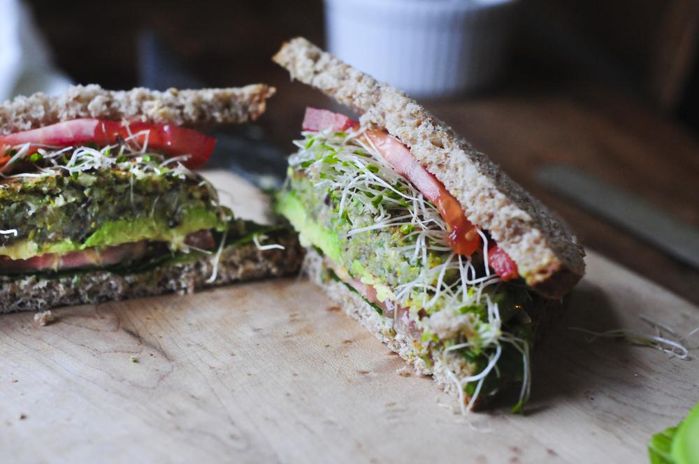 a.big.bean.sprout.sandwich.tomato.avocado.DSC_3847.jpg