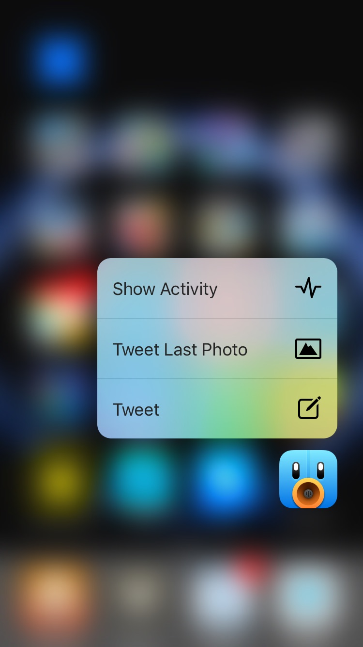 3D Touch on the icon provides you with three options: Tweet, Tweet Last Photo, and Show Activity.