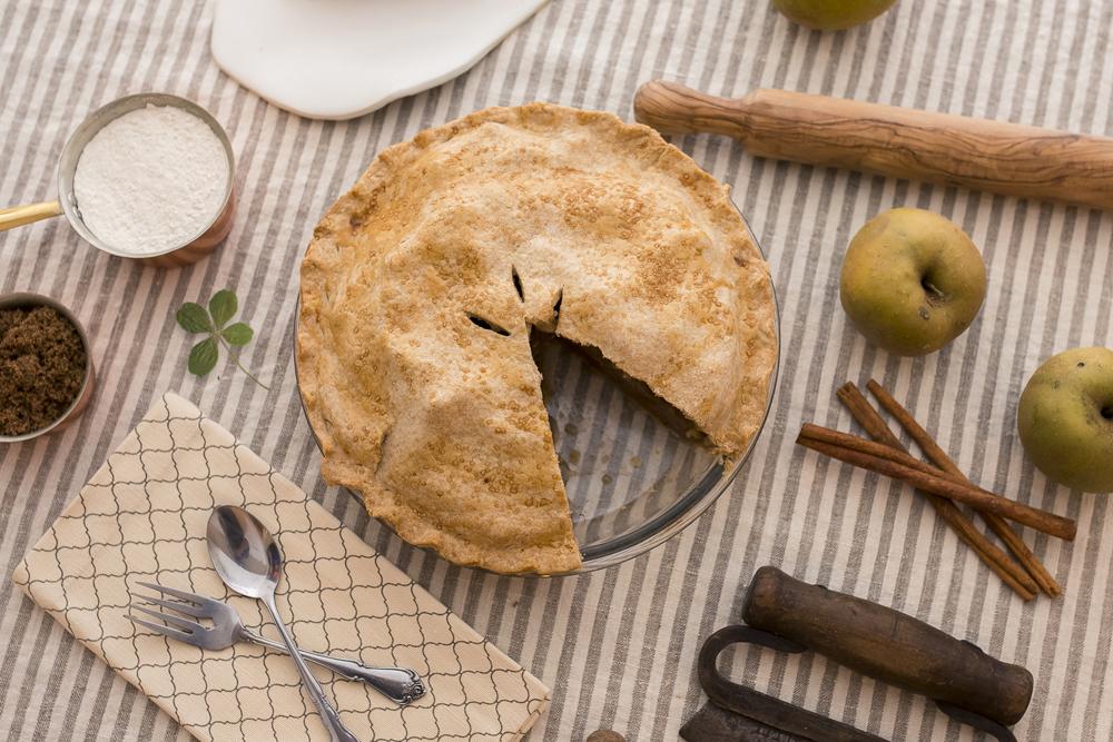 FAT-Apple-Pie-100.jpg