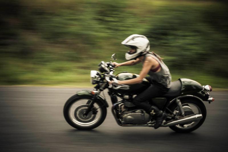 motogirl3.jpg