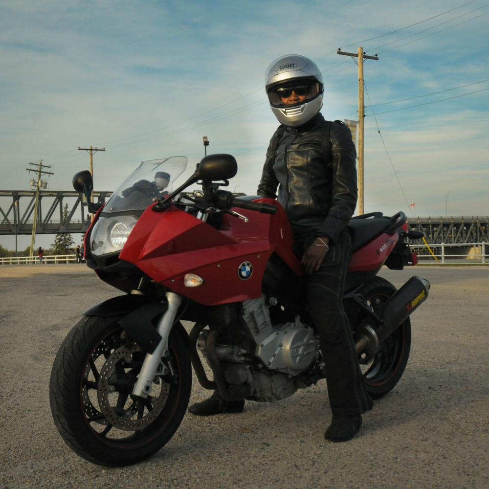 @ vantablack_biker