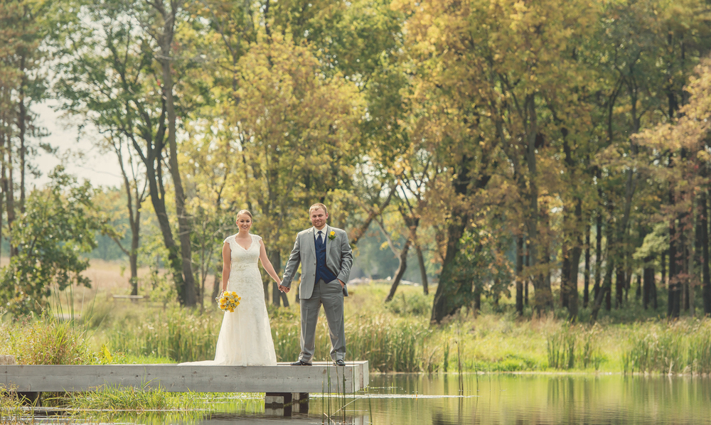 0018_aaron_borchers_studio_wedding.jpg