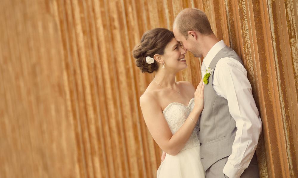 0029_aaron_borchers_studio_wedding.jpg