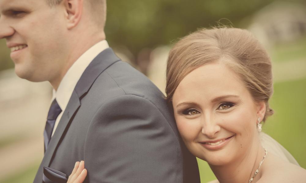 0041_aaron_borchers_studio_wedding.jpg