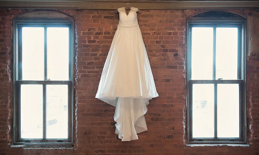 0070_aaron_borchers_studio_wedding.jpg
